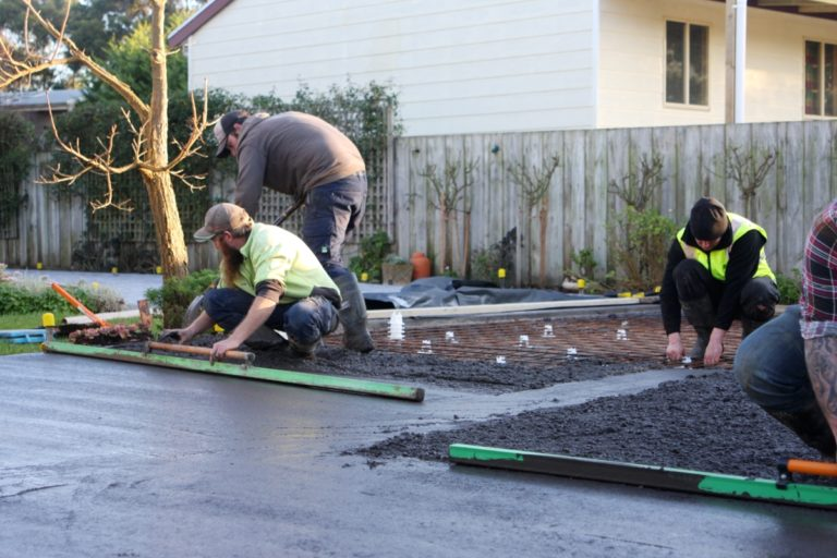 Pouring concrete driveway in Toora, South Gippsland